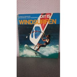 Dit is windsurfen