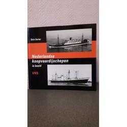 VNS - Nederlandse Koopvaardijschepen in beeld Nr. 12