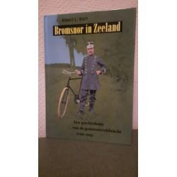 Bromsnor in Zeeland - Een geschiedenis van de gemeenteveldwacht 1795-1943